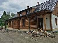 Stále probíhající terénní úpravy - chalupa ubytování Říčky v Orlických horách
