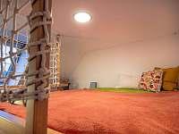 Podkrovní apartmán - přímo u sjezdovky - pronájem apartmánu - 7 Deštné v Orlických horách