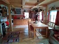 kuchyně - chalupa ubytování Bartošovice v Orlických horách - Neratov