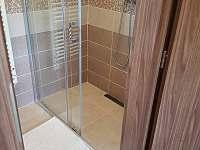 sprchový kout - Dolní Morava