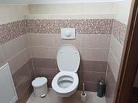 WC v horním patře - Dolní Morava