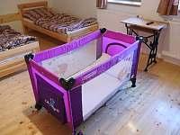 Dětská postýlka s matrací a polštářkem - Olešnice v Orlických horách