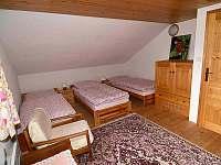 Ložnice podkroví - srub k pronájmu Dolní Morava