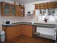 kuchyň - pronájem chalupy Sedloňov v Orlických horách