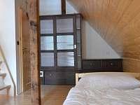 Horní ložnice malá - chalupa ubytování Heřmanice u Králik
