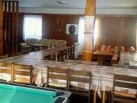 Společenská místnost - chalupa k pronajmutí Červená Voda - Horní Orlice