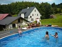 bazén u chalupy - pronájem Sedloňov