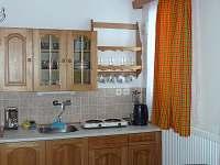 kuchyňka - chalupa k pronájmu Sedloňov