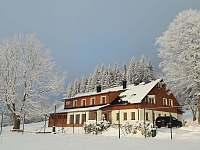 Když po sněžení vyjde Slunce - chalupa k pronájmu Říčky v Orlických horách