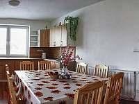 Kuchyň - chata k pronajmutí Červená Voda