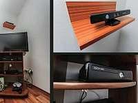 TV a Xbox 360 Kinect - pronájem chaty Červená Voda