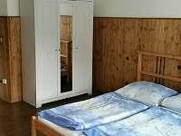 pokoj 2 přízemí - chalupa k pronájmu Červená Voda - Moravský Karlov