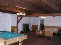 Společenská místnost - chalupa k pronájmu Červená Voda - Moravský Karlov