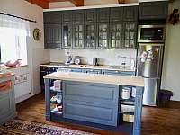 Plně vybavená kuchyň - chalupa k pronájmu Olešnice v Orlických horách