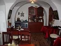 druhá půlka salonku - pronájem chalupy Bartošovice v Orlických horách