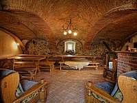 Společná místnost - chalupa ubytování Souvlastní