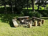 ohniště pro velkou chalupu - k pronajmutí Olešnice v Orlických horách
