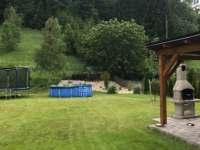 v létě bazén - chalupa k pronajmutí Olešnice v Orlických horách