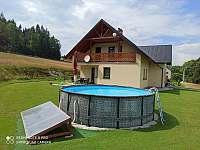 U Krejčích bazén - pronájem rekreačního domu Deštné v Orlických horách