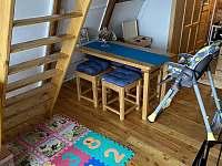 úprava chaty pro děti - k pronájmu Čenkovice