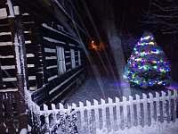 Chalupa v zimě - pronájem Výprachtice