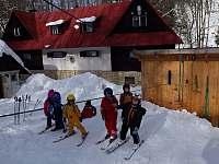Mladí lyžaři