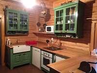 Kuchyň - chalupa k pronájmu Kamenice u Dobrého