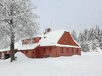 Chalupa Kunčinka v zimě - ubytování Zdobnice - Kunčina Ves