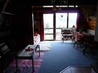 Obytná místnost - chata k pronájmu Čenkovice