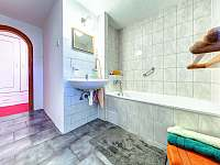 Koupelna - apartmán k pronájmu Kunvald