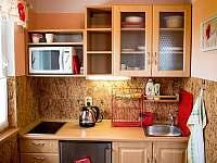 kuchyňka horního apartmánu - k pronajmutí Přibyslav