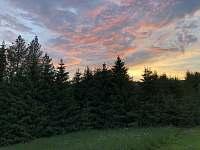 Pohled z terasy na západ Slunce - Říčky v Orlických horách
