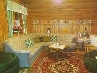 Společenská místnost - chata k pronájmu Čenkovice