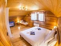 velký pokoj v podkroví - Kunvald