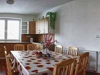 Kuchyň - západní apartmán - chata k pronajmutí Červená Voda