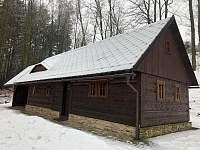 Horní chalupa v zimě - k pronájmu Nový Hrádek