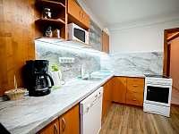 Kuchyň č.2 v 1 NP - Olešnice v Orlických horách - Rzy