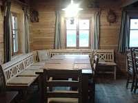 Rohová lavice - chalupa k pronájmu Říčky v Orlických horách