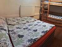 Ložnice v apartmánu - Klášterec nad Orlicí