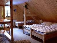 5 lůžkový pokoj v patře