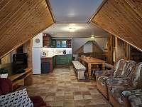 kuchyň + spol.místnost v patře - Zdobnice