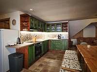 kuchyňský kout v patře - pronájem chalupy Zdobnice