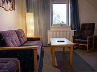 Ložnice 2, společenská místnost - apartmán k pronajmutí Mistrovice