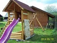 dětské hřiště - chalupa ubytování Dolní Morava
