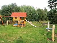 dětské hřiště - chalupa k pronajmutí Dolní Morava