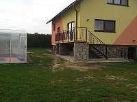 jihovýchodní strana - chalupa k pronájmu Dolní Morava