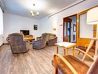 obývací pokoj - přízemí - chalupa ubytování Těchonín