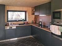 plně vybavená kuchyň - chalupa ubytování Dolní Hedeč