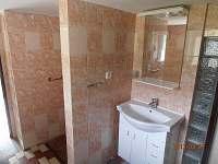 2. koupelna - chalupa k pronájmu Rampuše