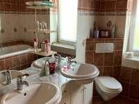 koupelna 1 - chalupa k pronajmutí Červená Voda